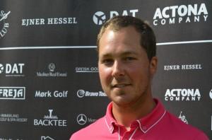 Tobias Rosendahl fører Mørk Masters efter første runde, og håber, at sæsonen nu for alvor er skudt i gang.