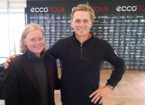 Designer, Anne Cohen, sammen med Jesper Kennegård, der på venstre hånd bærer The Championship Ring fra C6 by Anne Cohen, som bevis på, at han vandt Nordic Golf League 2013.