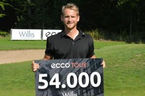 Oscar Zetterwall vinder WIllis Masters 2014 efter en dramatisk afgørelse. Peter Vejgaard blev bedste dansker på andenpladsen.