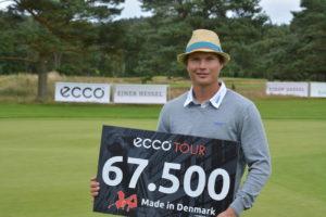 Yksi Kaksi Kolme! Tapio Pulkkanen vandt for trejde gang på ECCO Touren i 2015, da han fredag vandt Made in Denmark Qualifier by Ejner Hessel 2015