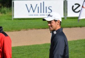 Tobias Larsen (billedet) og Anders Schmidt Hansen deler føringen ved Willis Masters 2015 efter første runde.