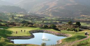 Bravo Tours disker op med en række gode tilbud på golfrejser til Spanien. Klik og se de gode tilbud.