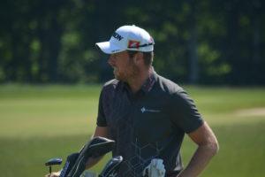 En flot runde i syv under par sender Kasper Estrup i spidsen for Jyske Bank PGA Championship i Silkeborg Ry Golfklub